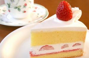 手造りイチゴショートケーキ