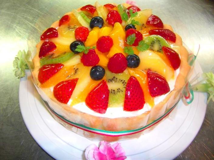 桜井チーフ特製ケーキ